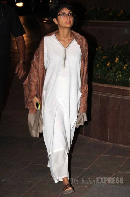 Shah Rukh Khan, Amitabh, Abhishek Bachchan, Madhuri at prayer meet of Juhi Chawla's brother