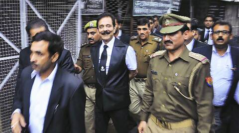 Sahara chief Subrata Roy at the CJM court after his surrender,  in Lucknow Friday.
