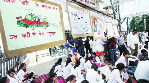 King George Medical University (KGMU) students called off their strike while students in Kanpur did not relent.