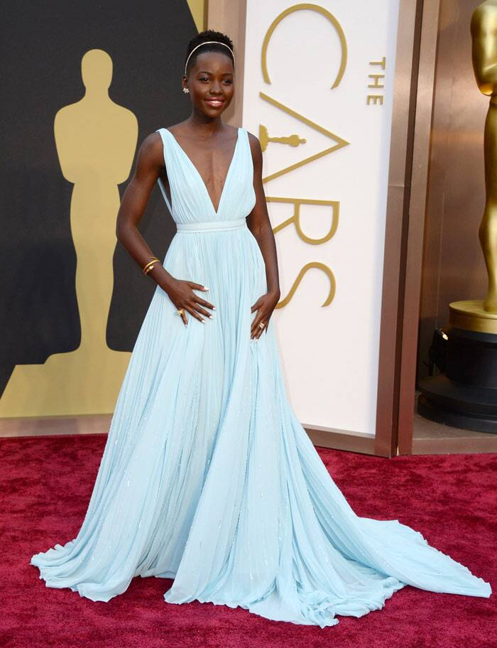 '12 Years A Slave' actress Lupita Nyong'o was absolutely beautiful in a sky blue Prada gown with a plunging neckline.
