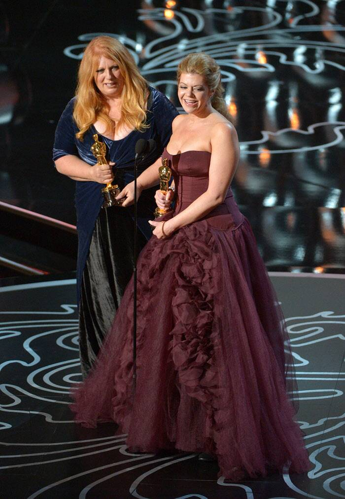 Best Makeup, Hairstyling: Dallas Buyers Club <br /><br /> Adruitha Lee, left, and Robin Mathews accept the award. (AP)