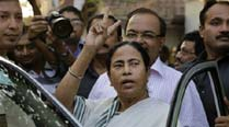 Left Front mocks Mamata's Delhi rally