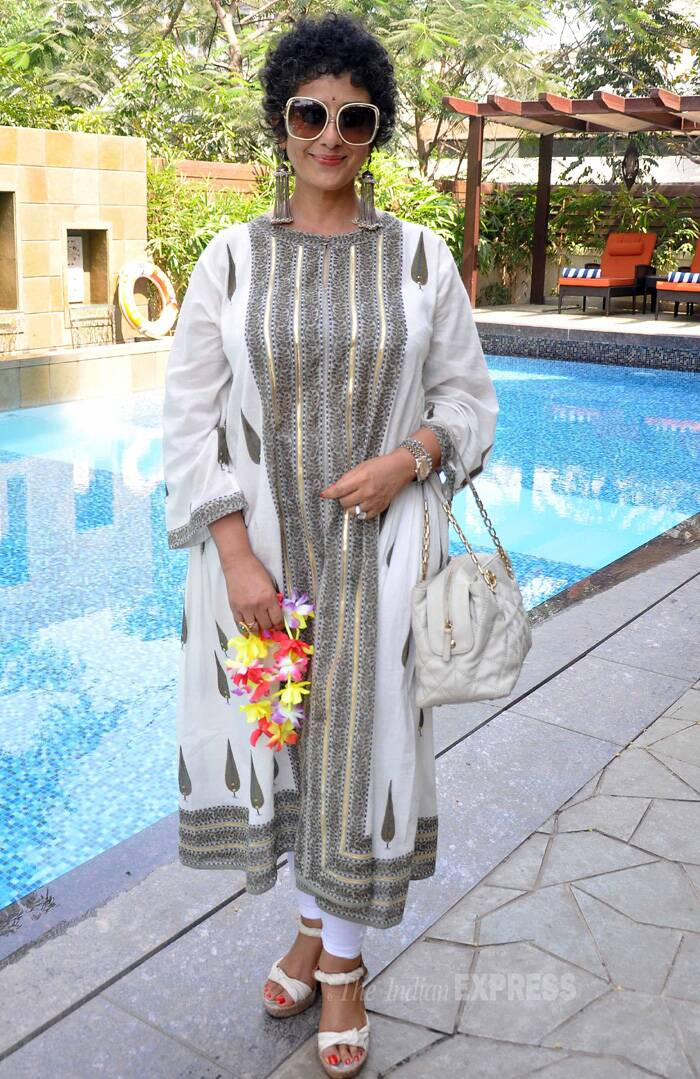 Manisha Koirala who has well and fully recovered from cancer went ethnic in a kurta with stunning danglers and oversized shades. (Photo: Varinder Chawla)
