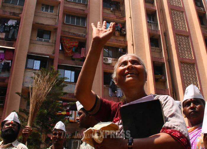 Social activist turned politician Medha Patkar interacted with locals of Govandi area during her Election campaign for Aam Aadmi Party on Wednesday (March 26). (IE Photo: Amit Chakravarty)