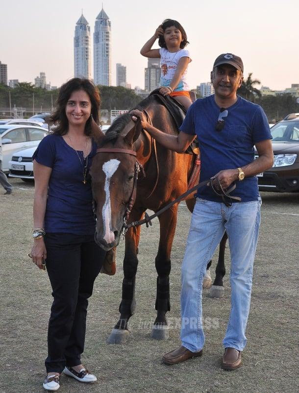 Raj, Shamita's day out sans sister Shilpa Shetty
