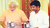 Modi biographer turns candidate