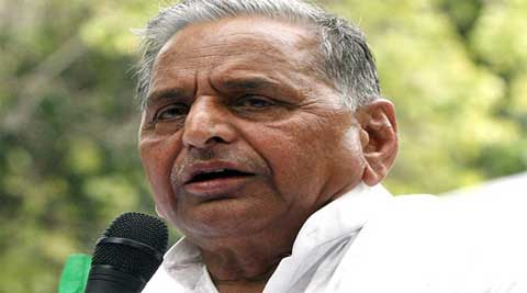Samajwadi Party supremo Mulayam Singh Yadav on Thursday tried influencing youngsters to wipe out of Congress in the Loksabha polls and make SP led third front government at the Centre, in his addressal on culmination of party's Cycle rally in New Delhi.