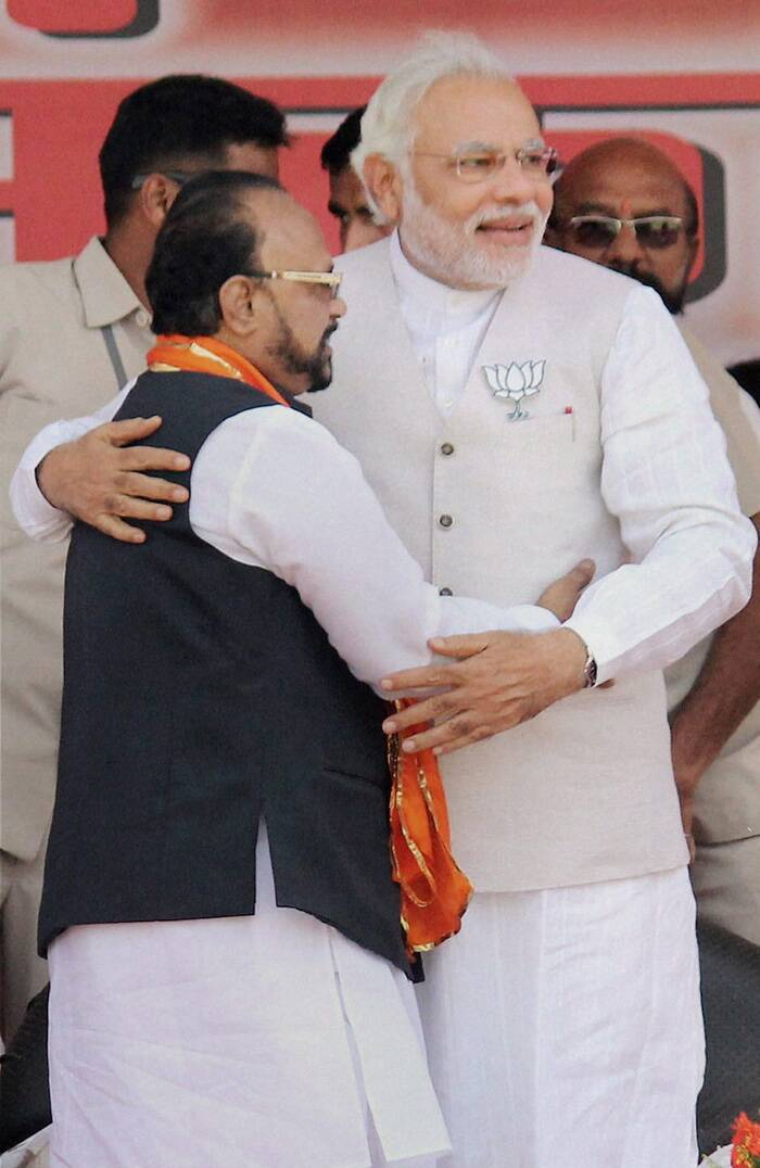 "Referring to the late Shiv Sena chief, Modi said, ""Balasaheb Thackeray stays on in our hearts. Lets fulfil his dream of Congress Mukt Maharashtra and India."" Taking a dig at the Congress-led UPA, he said, ""Usually there are coalitions to defeat the incumbent government but this is first election where everyone is coming together to stop Modi. They want to do everything to ensure that Modi does not come to power."" (PTI)"