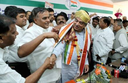 Infosys co-founder Nandan Nilekani joins Congress