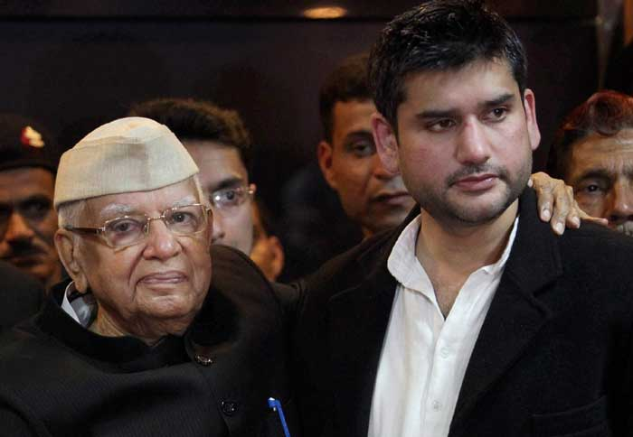 Former Uttar Pradesh chief minister and governor of Andhra Pradesh, N D Tiwari, who was dragged to court by Rohit Shekhar, who claimed to be his biological son, finally accepted him as his son, putting an end to a prolonged legal battle on the issue. (PTI)