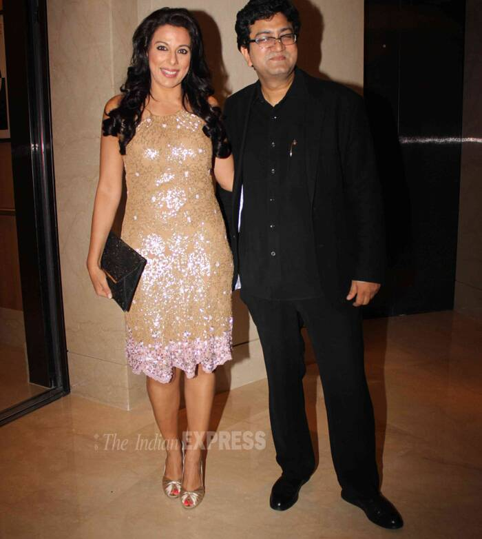 Pooja Bedi is all smiles as she poses for a picture along with script-writer Prasoon Joshi. (Photo: Varinder Chawla)