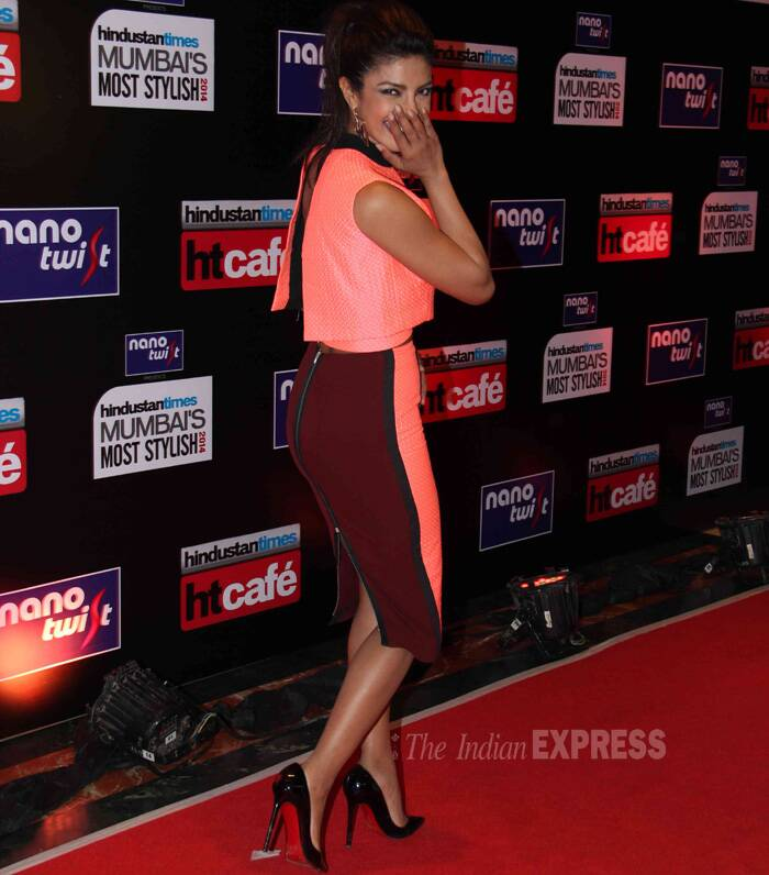 Priyanka  giggles on the red carpet! (Photo: Varinder Chawla)