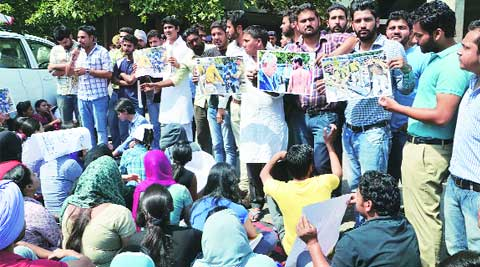 Students protest outside administration block during senate meet on Saturday. (Kshitij Mohan)
