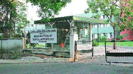 Chief Minister tells IITM to relay lightning details toMantralaya
