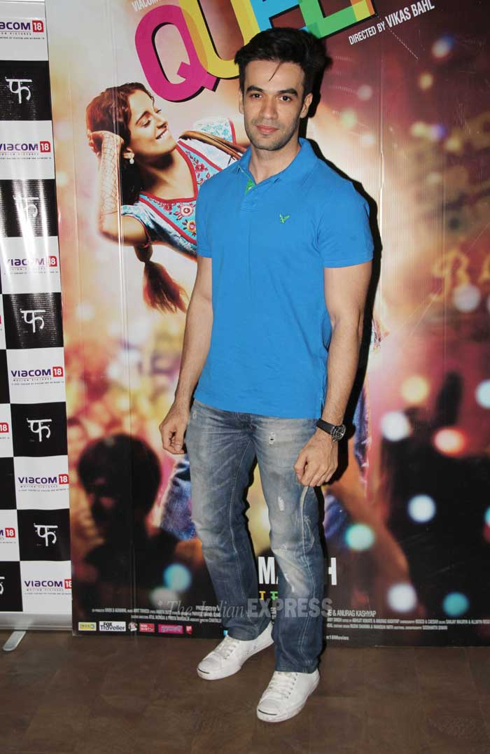 'Gori Tere Pyaar Mein' director Puneet Malhotra kept it causal in a blue tee shirt and denims. (Photo: Varinder Chawla)
