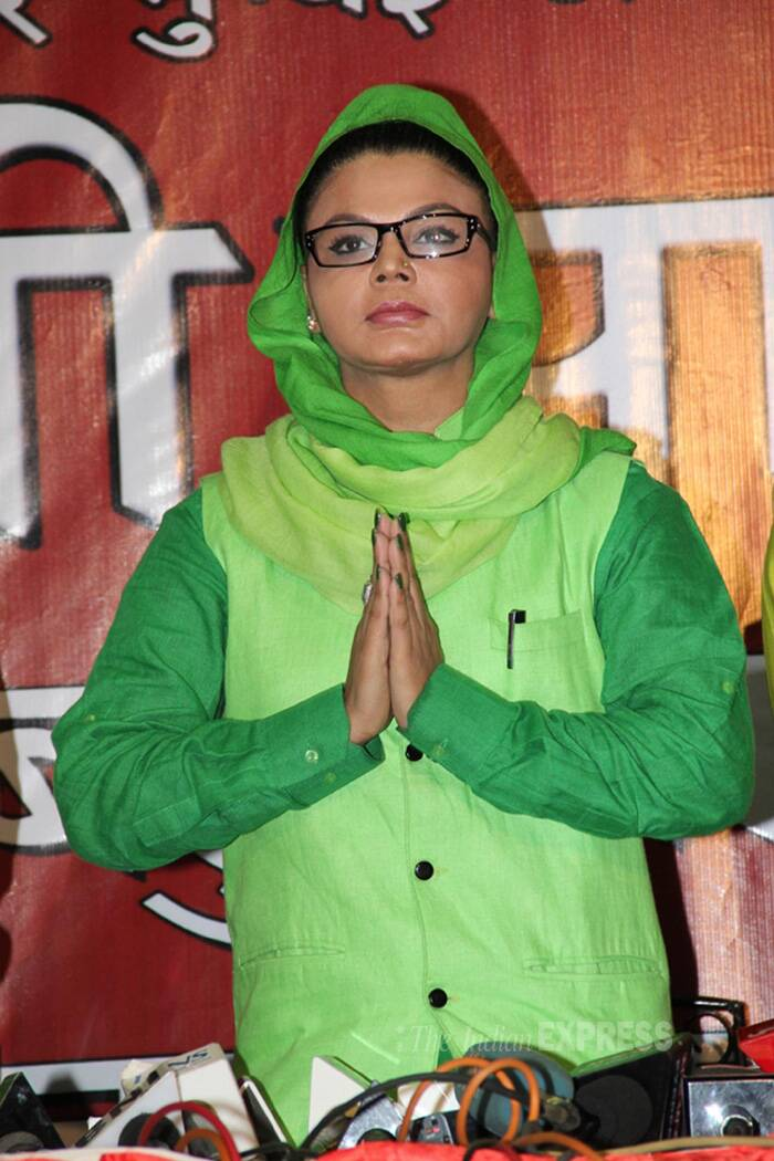 Bollywood starlet Rakhi Sawant said she is going to contest the Lok Sabha election from the Mumbai North-West constituency on the plank of restoring women's safety in the metropolis. Rakhi's rivals would be Congress's Gurudas Kamat, Shiv Sena's Gajanan Kirtikar, actor-director Mahesh Manjrekar of MNS, and Mayank Gandhi of AAP. (IE Photo)