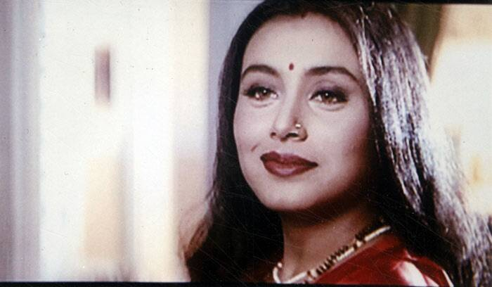 Rani was not interested in acting in her younger days. She did her schooling from Maneckji Cooper School and obtained a graduate degree in Home Science from SNDT Women's University. She is also a trained Odissi dancer.