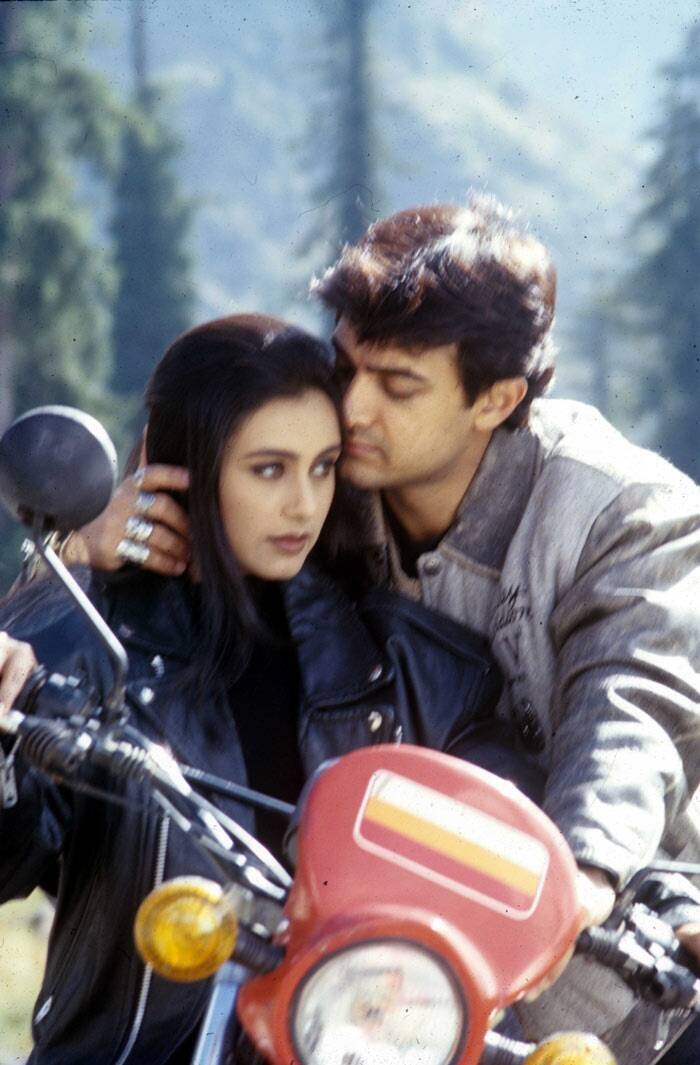 The following year, Rani Mukherji  starred opposite Aamir Khan in 'Ghulam', which performed moderately. However, the film's song 'Aati Kya Khandala' was a big hit.