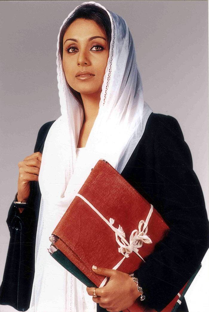 Her last release of 2004 was Yash Chopra's love story 'Veer-Zaara' where she played a Pakistani lawyer. The film Which also starred Shah Rukh Khan and Preity Zinta became the highest grossing film of the year and was screened at the Berli Film Festival.