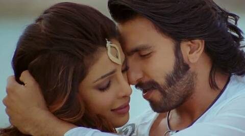 Priyanka and Ranveer will be playing siblings in Zoya Akhtar's next, titled 'Dil Dhadakne Do'.