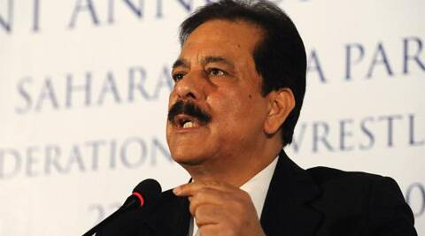 Sahara chief, accompanied by his son Sushanto Roy, was taken to court in a police vehicle around 5 pm.