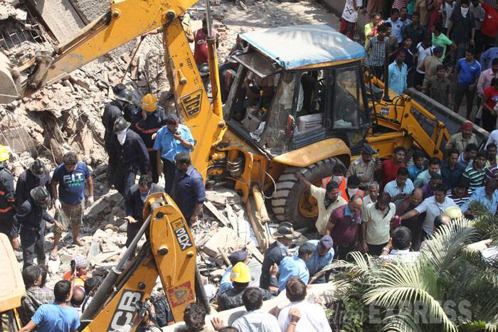 7 killed, 4 hurt in Mumbai building collapse