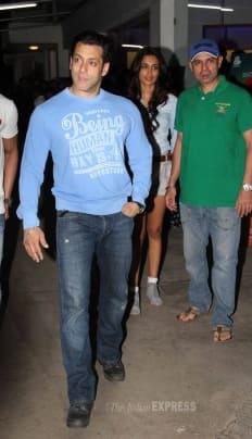 O Teri! Salman Khan takes Sarah Jane for a scooter ride