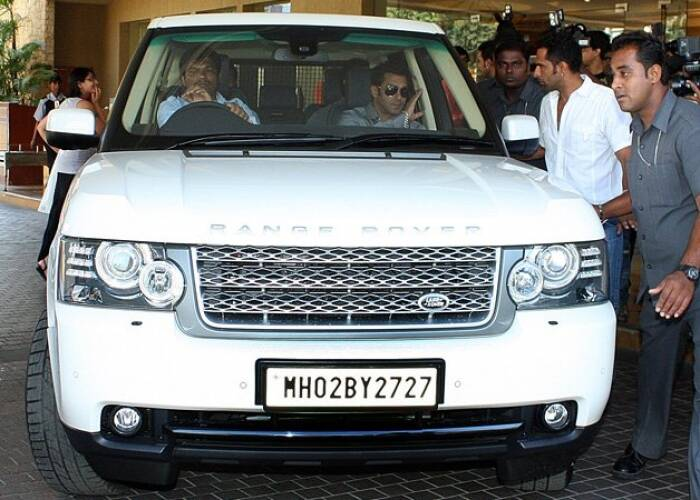 photo of Salman Khan Range Rover - car
