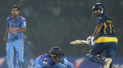 Asia Cup 2014: Kumar Sangakkara anchors Sri Lanka to tensewin