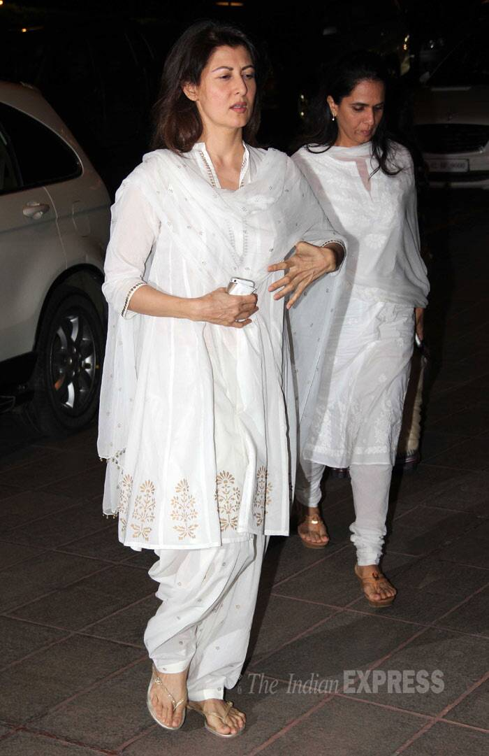 Salman Khan's ex girlfriend Sangeeta Bijlani wore a white salwar as she came to pay her respects. (Photo: Varinder Chawla)