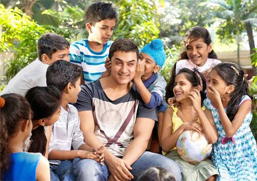 Besides films, Aamir Khan is also a popular face on television now. He made his small screen debut with the social issue based talk show 'Satyamev Jayte' which started airing in May 2012. The show is currently on its second season.