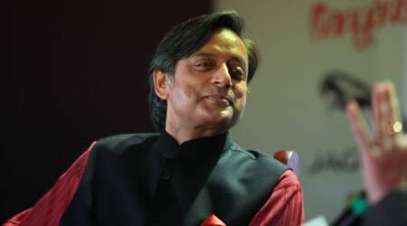 Monsoon session: From stage, PM Narendra Modi lauds Shashi Tharoor the orator