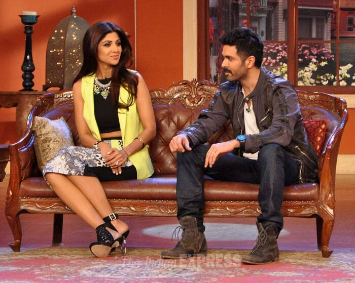 B-town actress and producer Shilpa Shetty along with the lead actor of her film Harman Baweja, visited the sets of comedy show 'Comedy Nights With Kapil' to promote 'Dishkiyaoon'. (Photo: Varinder Chawla)