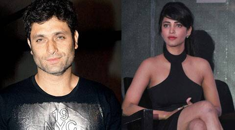 According to reports, Shruti Haasan keeps her distance from the actor.