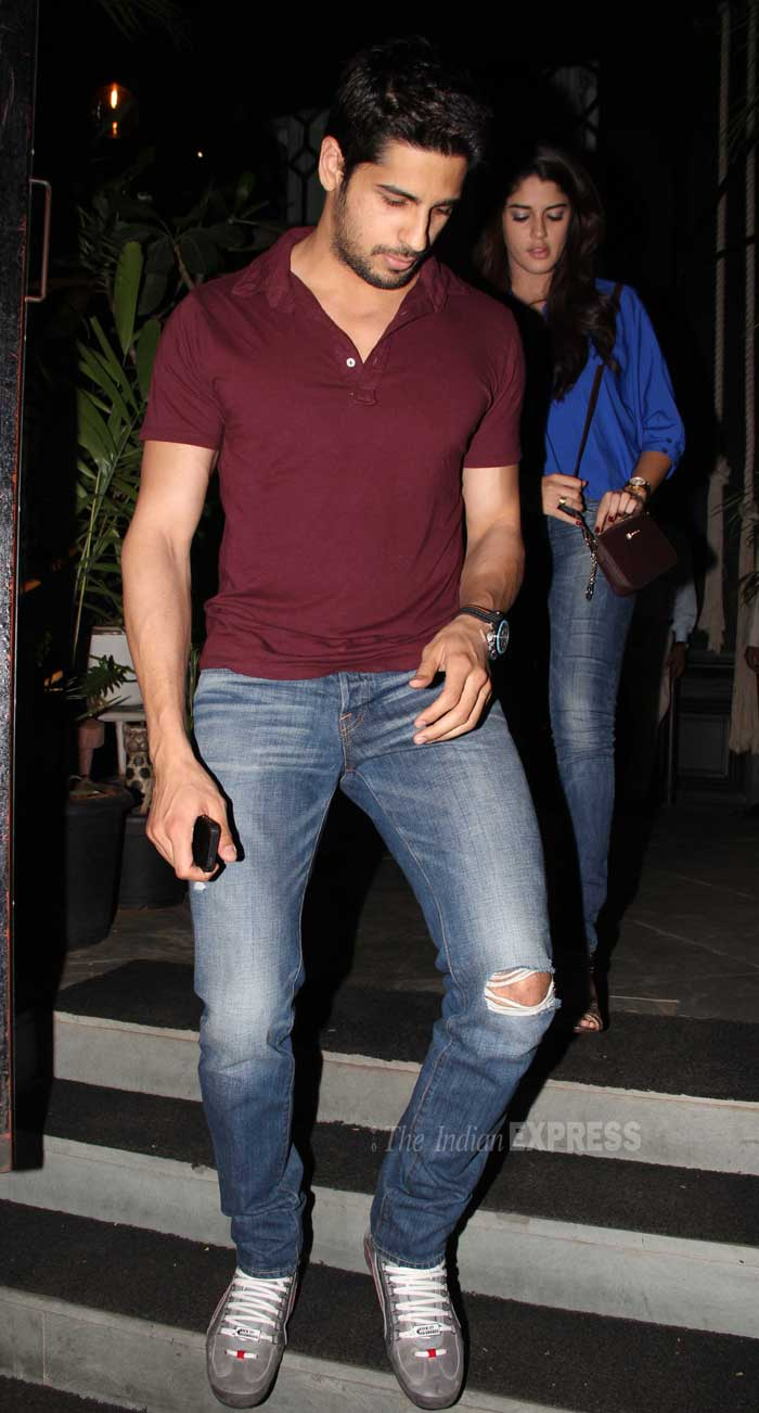The actor was causal in a T shirt, ripped jeans and sneakers. (Photo: Varinder Chawla)