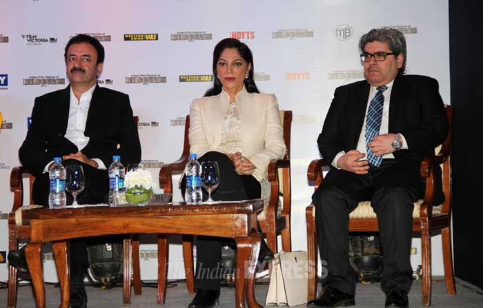 Here's a picture of Raju Hirani and Simi garewal seated at the event. (Photo: Varinder Chawla)
