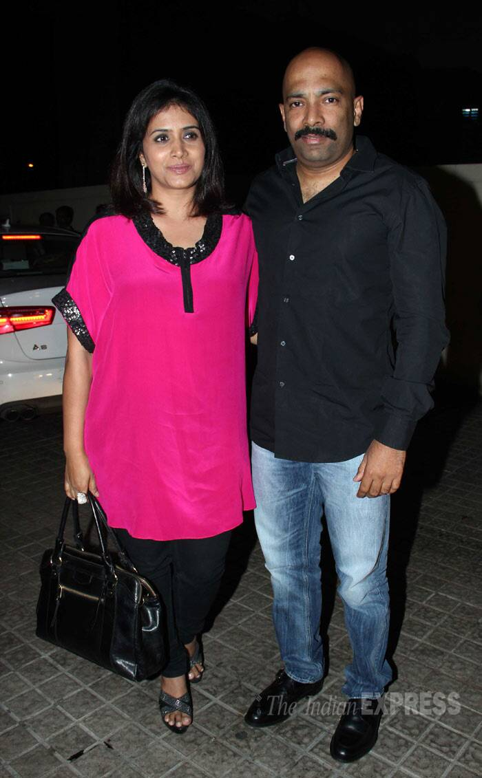 Actress Sonali Kulkarni also wore a bright pink blouse as she arrived with her husband Nachiket Pantvaidya. (Photo: Varinder Chawla)