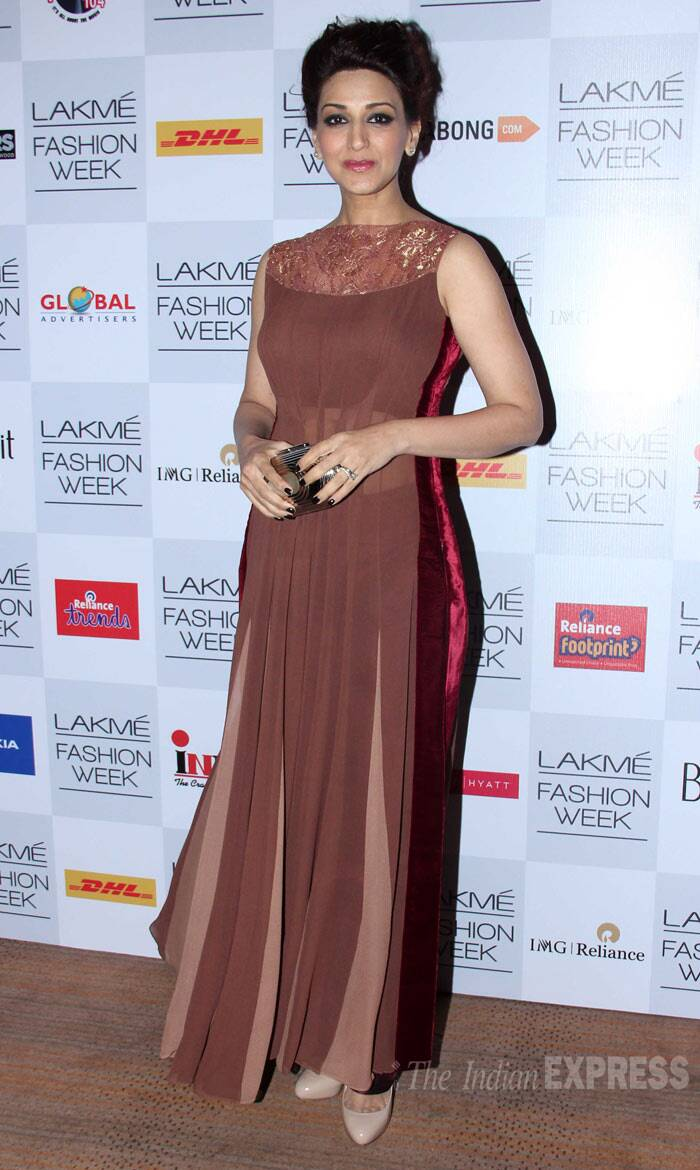 Sonali Bendre wore shades of brown with slight sheer by Manish Malhotra. (Photo: Varinder Chawla)