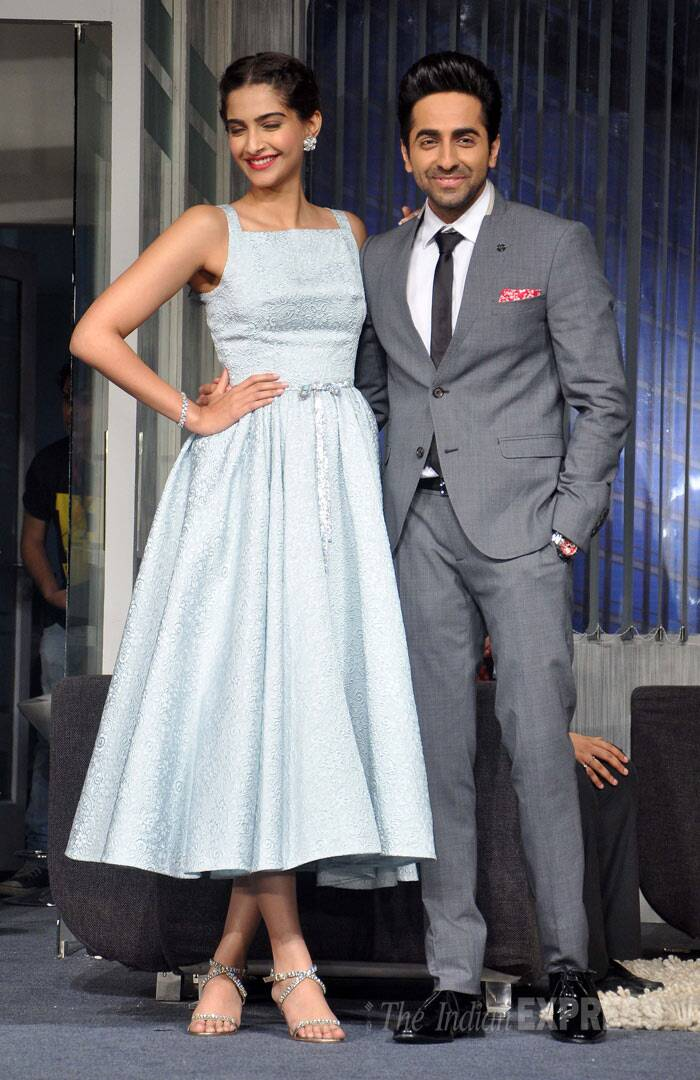 Sonam Kapoor and her onscreen love Ayushmann Khurrana made a lovely pair as they posed for pictures while promoting their soon-to-release love story. (Photo: Varinder Chawla)