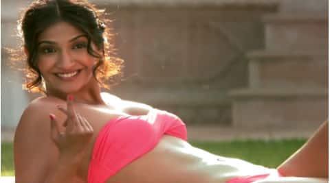 Sonam Kapoor: I wasn't really tense about wearing a bikini.