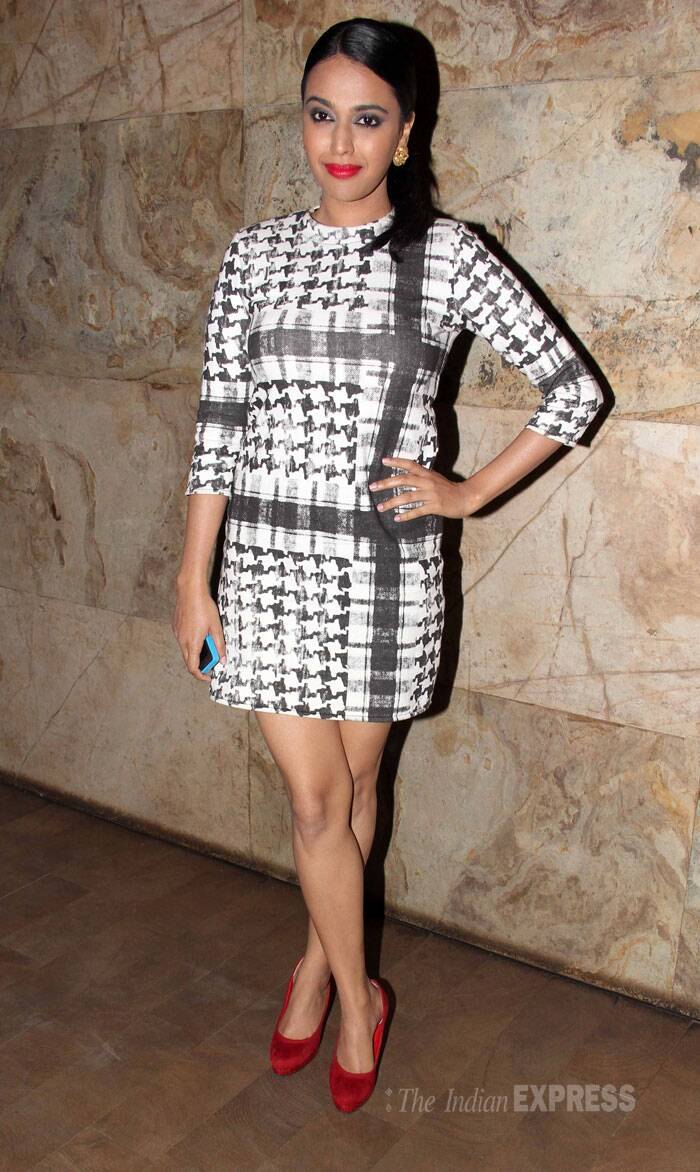'Bhaag Milkha Bhaag' actress Swara Bhaskar was stylish in a printed shift dress with red pumps that matched her bright red lips. (Photo: Varinder Chawla)