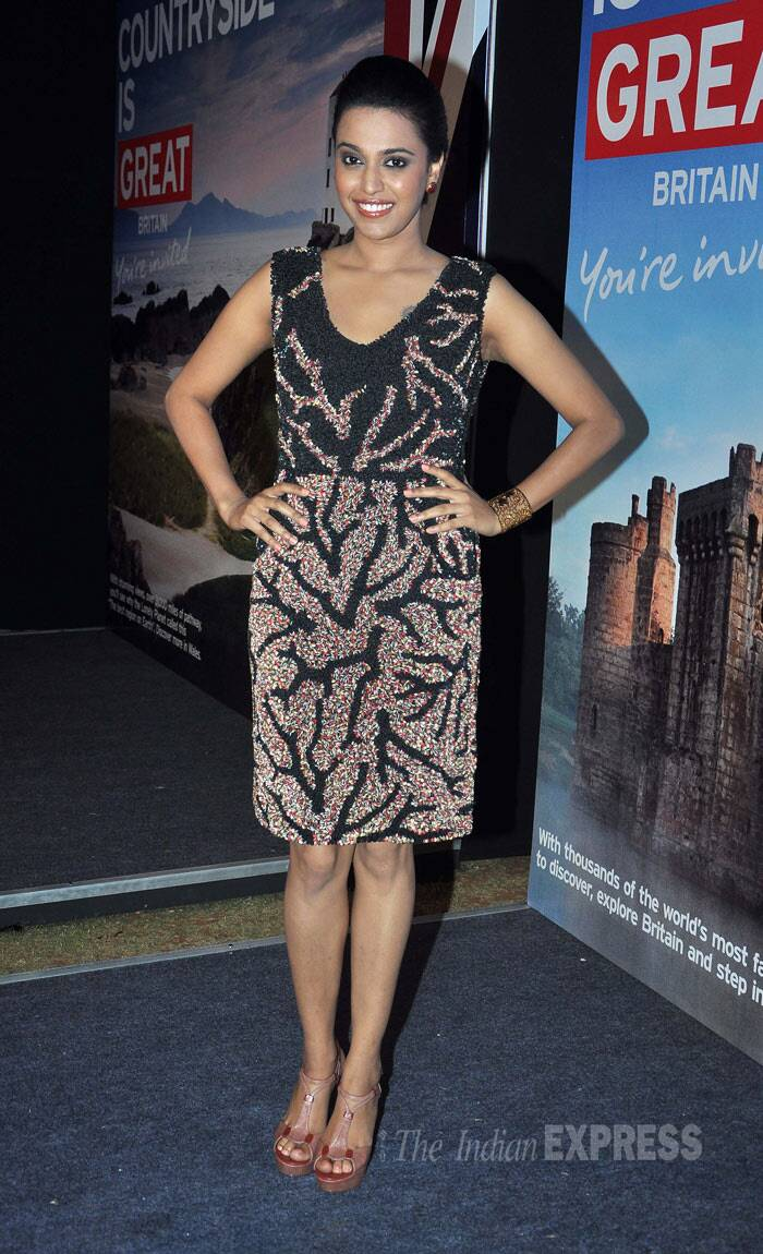 Swara Bhaskar from 'Raanjhanna' was pretty in a knee-length dress with wedge heels. (Photo: Varinder Chawla)