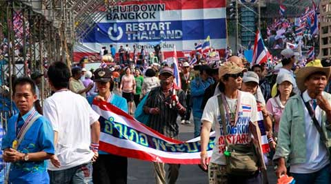 The anti-government protesters withdrew from several stages erected at key intersections around Bangkok. (AP)