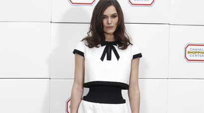 PHOTOS: Keira Knightley flaunts insanely tiny waist, here's how