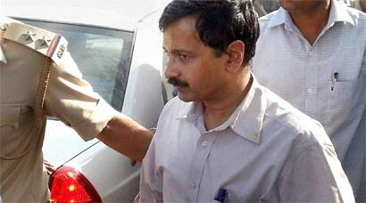 Arvind Kejriwal's detention in Modi land sparks violent clashes between BJP, AAP