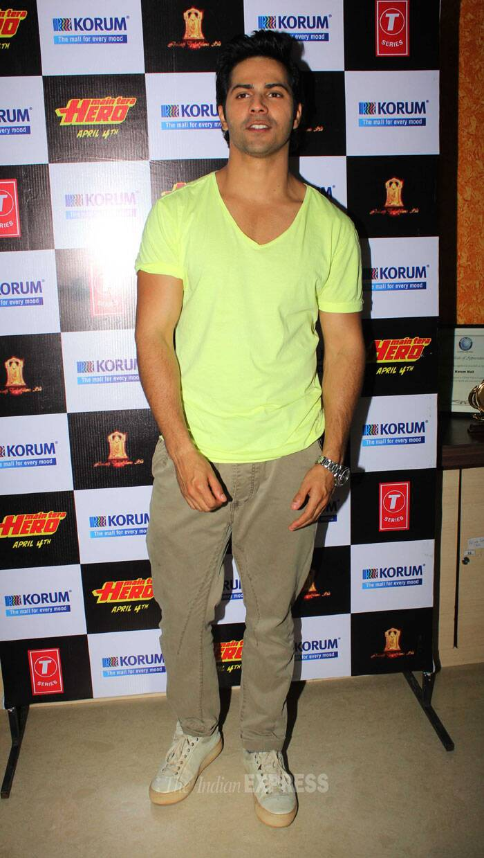 Their hero Varun was casual in a summery lemon yellow tshirt and beige pants. (Photo: Varinder Chawla)