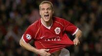 Captain Vidic abandons sinking ship at United
