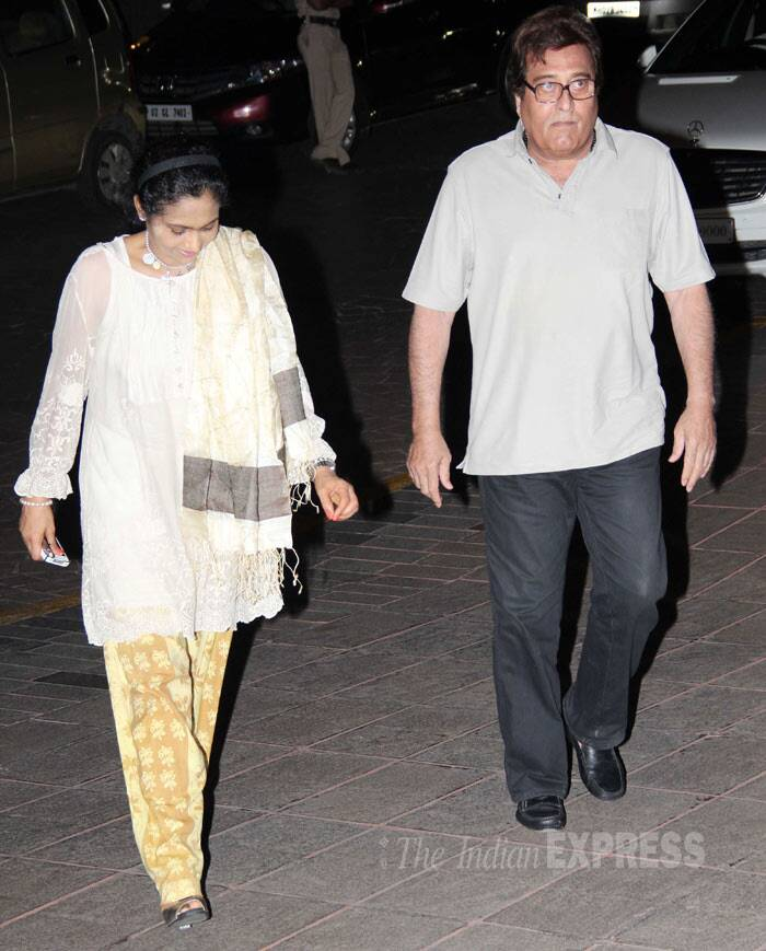 Actor Vinod Khanna, who had worked with Juhi in 'Chandni', arrives with his wife Kavita. (Photo: Varinder Chawla)