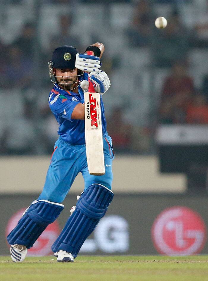 ICC World Twenty20: India stroll into semis