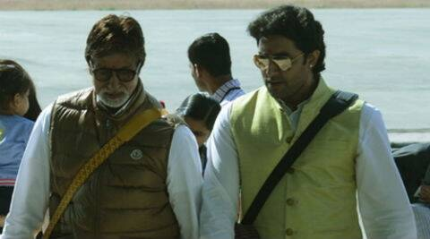 Amitabh Bachchan recently paid a visit to the sets of Abhishek's 'Happy New Year'.